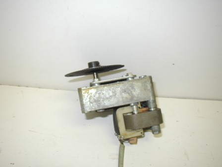 Motor & Gear Box (Item #52)  (None Working For Parts Or Rebuild) (OEM Part #  391491) $24.99